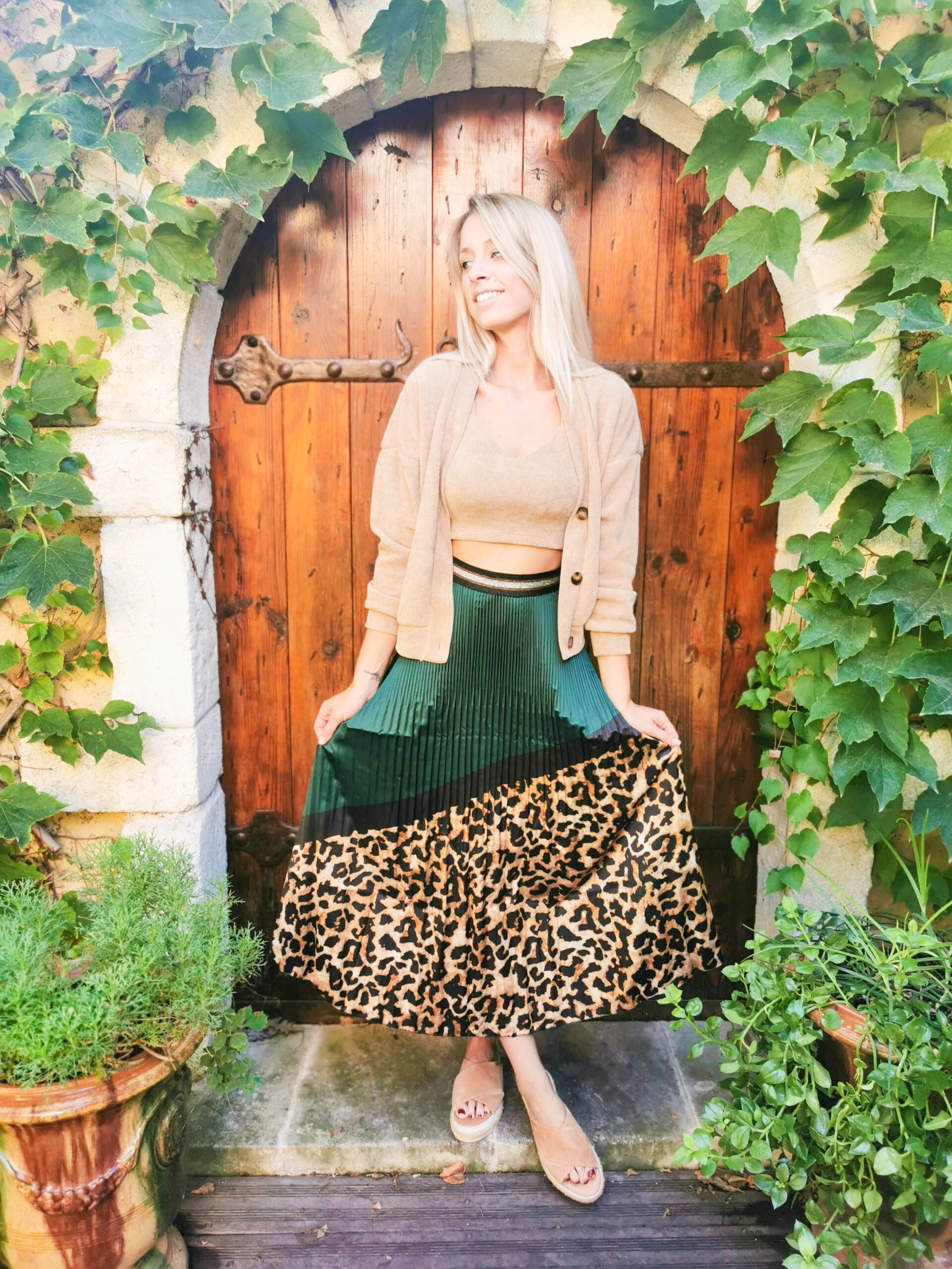 Jupe mi-longue léopard et verte