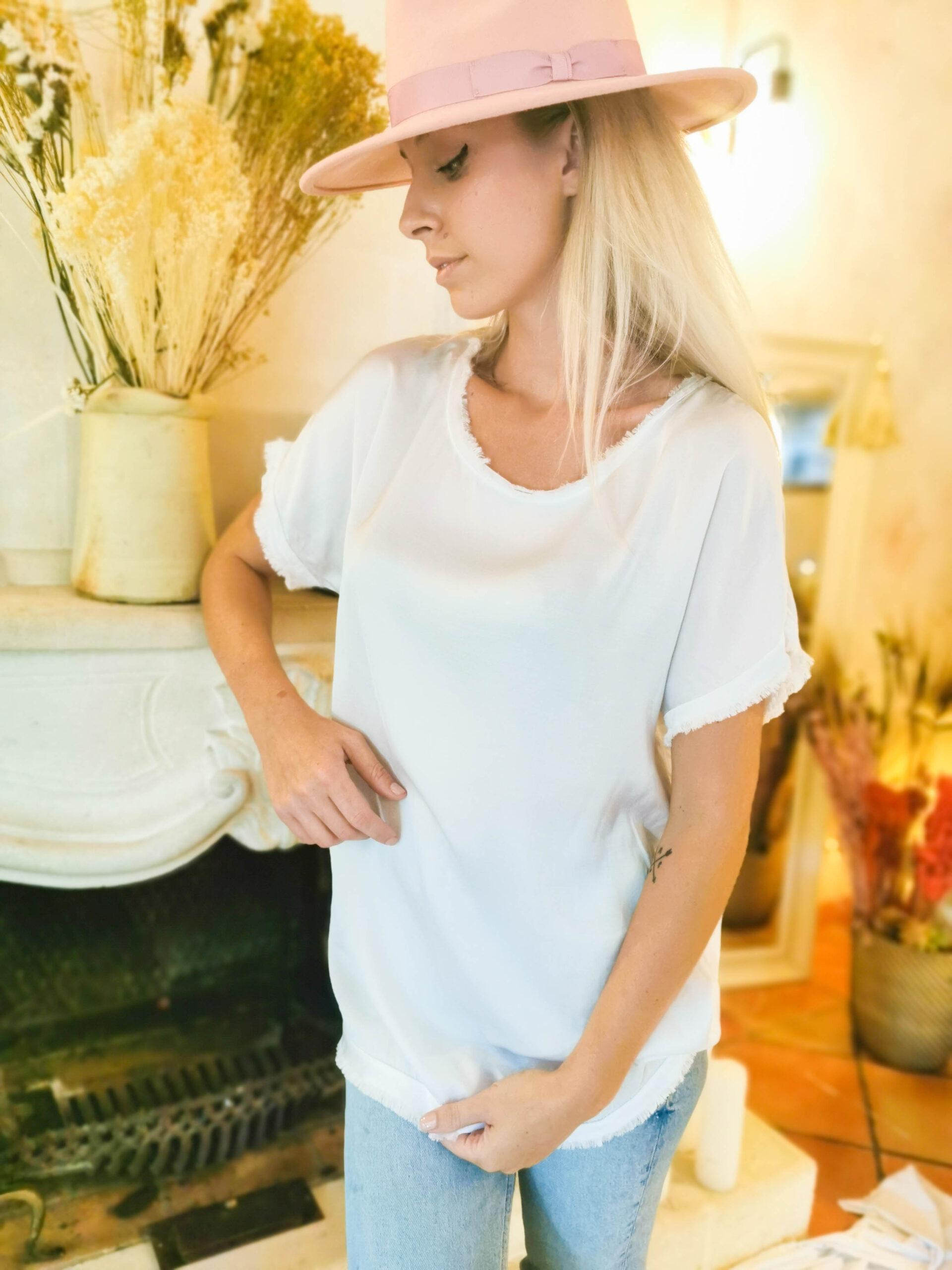 Tee-shirt long blanc en soie et franges