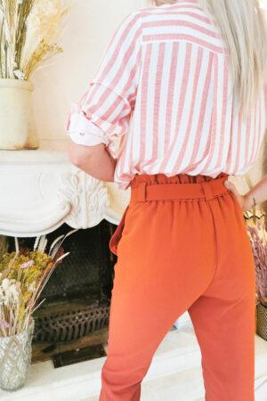 Pantalon taille haute couleur terracotta