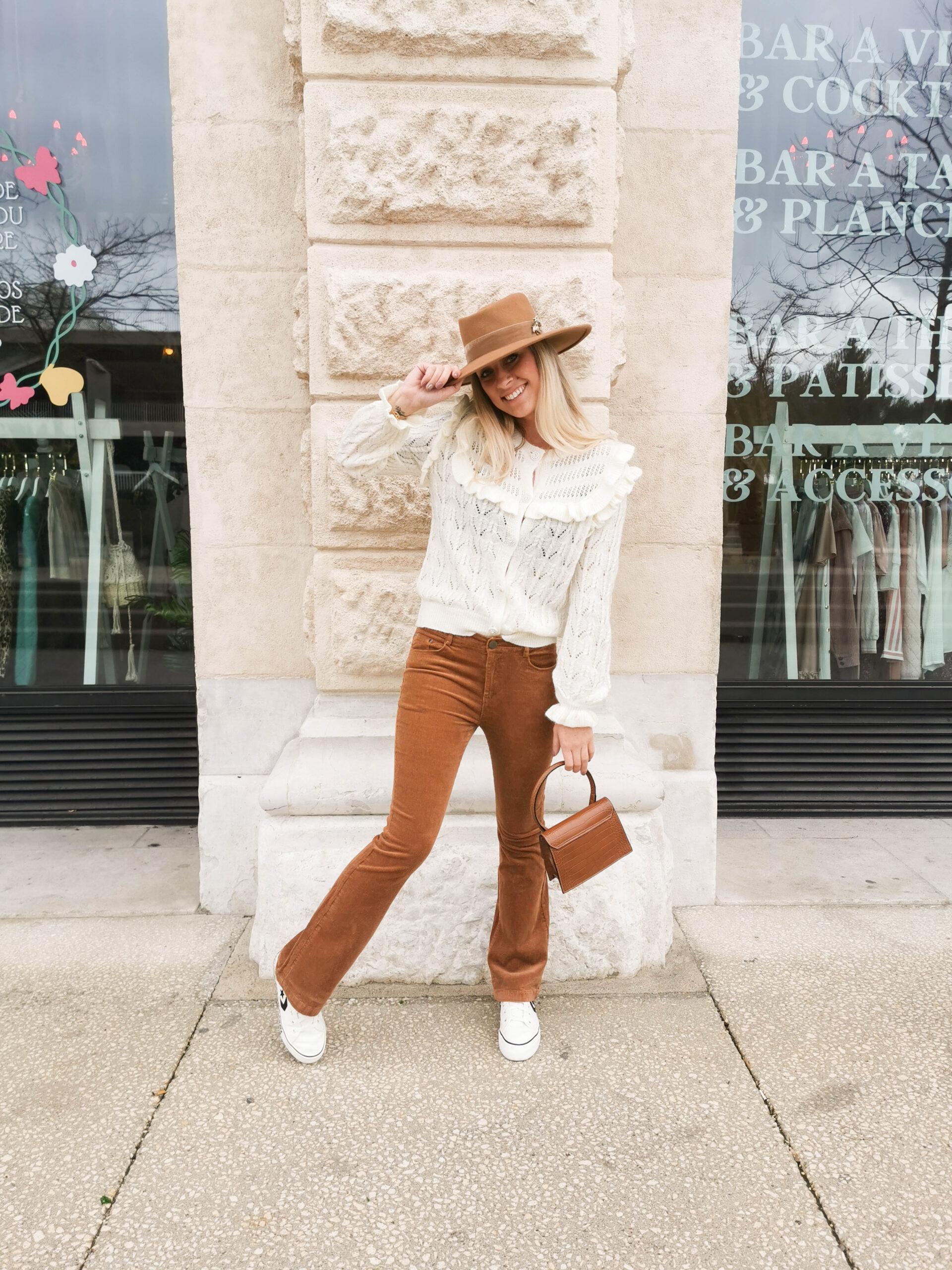 Pantalon marron en velours